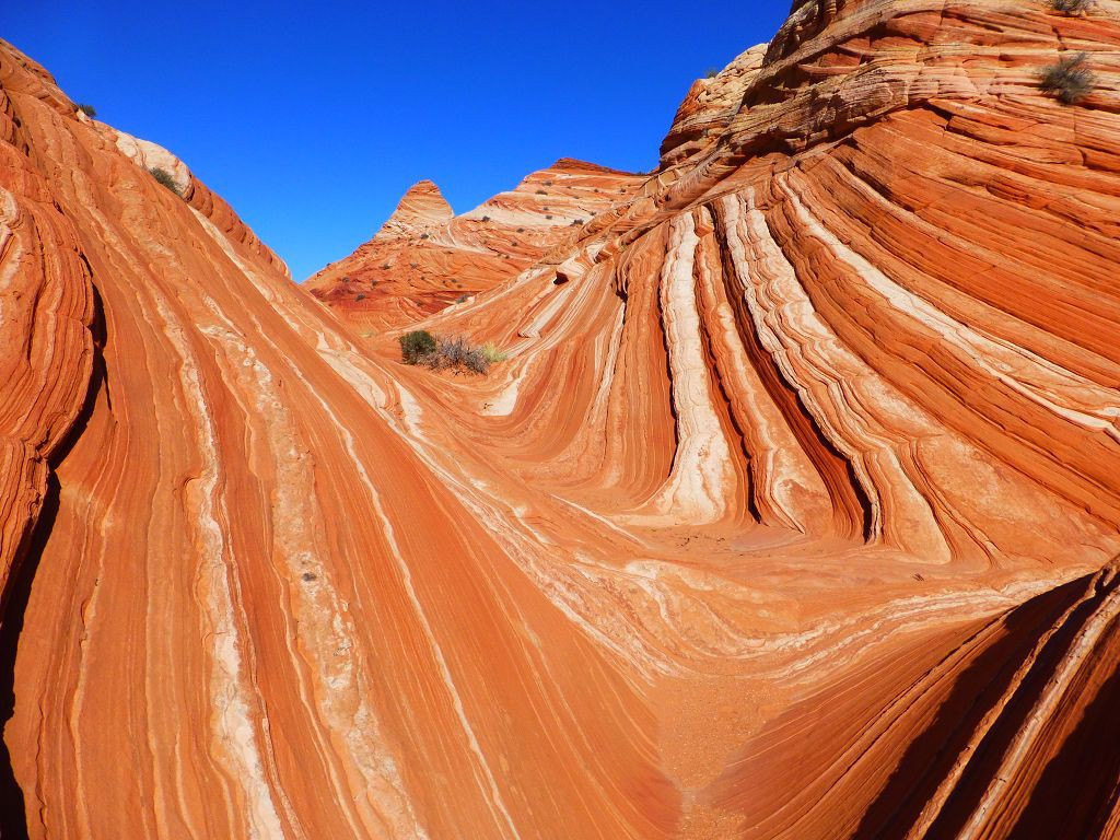 20121002 126 Vermilion_Cliffs_Wilderness Wave